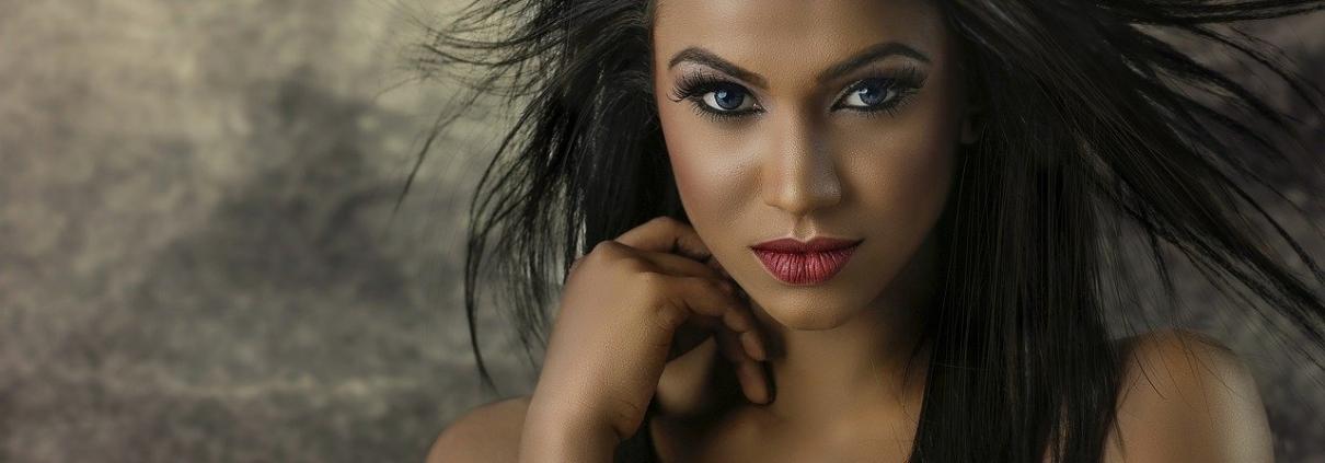 black model straightened hair